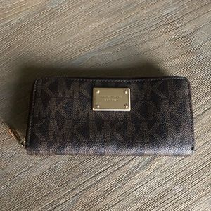 NWOT Michael Kors Brown and Tan Leather MK Wallet